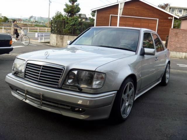 Mercedes benz w124 e60 amg e500 leve t etulokasuojat for Mercedes benz w124 tuning