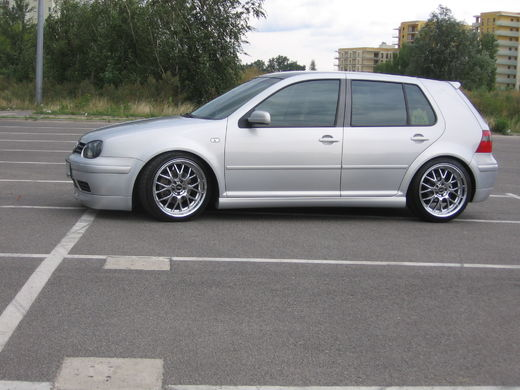VW Golf IV 98-03 Jubilee GTI look helmalevikkeet